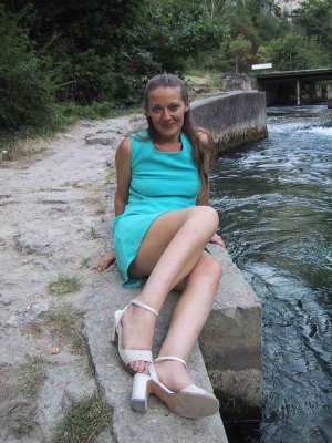 Devote mature escort Osternienburger Land, ST